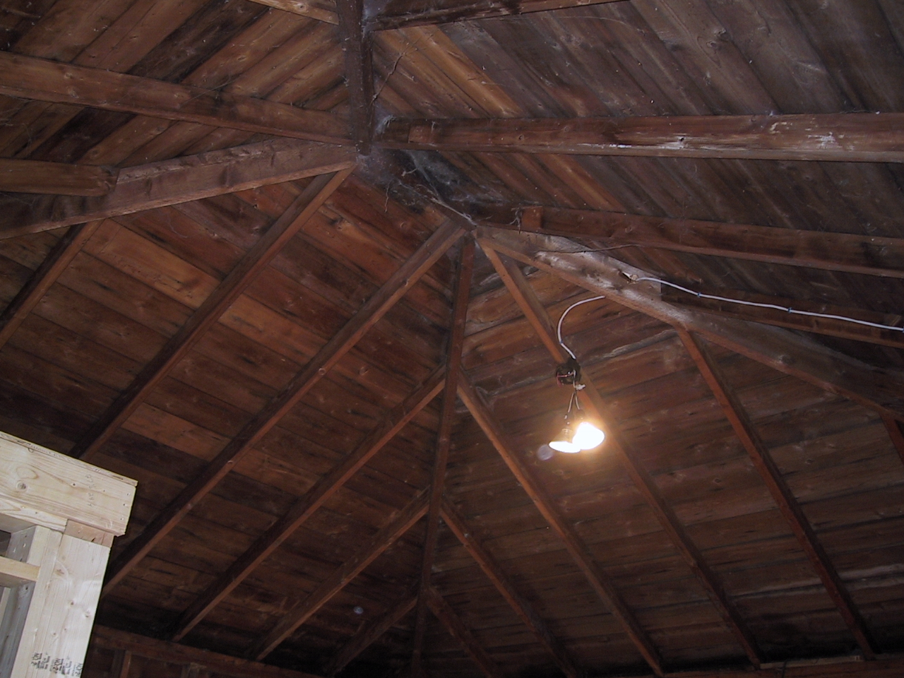 Studio cathedral ceiling renovation go cottage for Images of cathedral ceilings