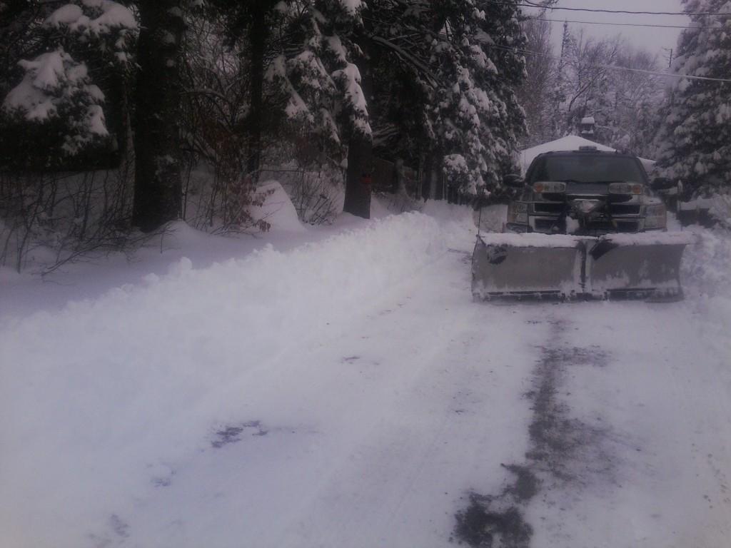 The Art Of Shoveling Snow Go Cottage